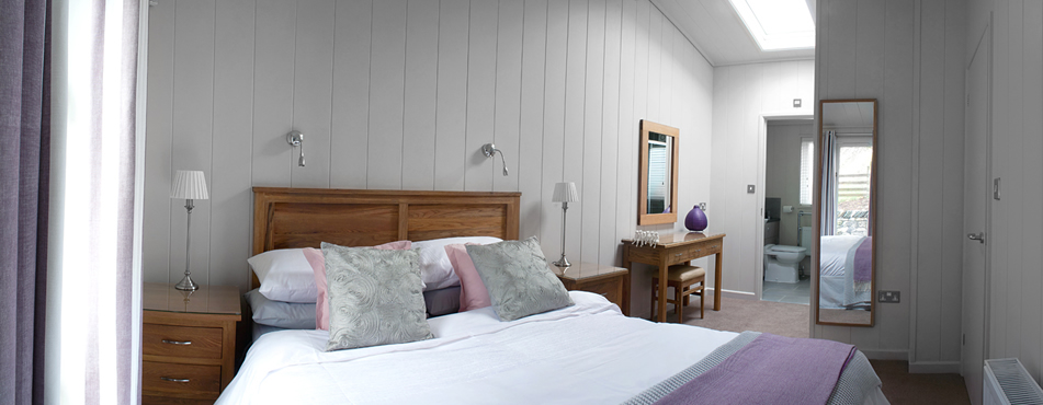 Mileydale Lodge Master Bedroom